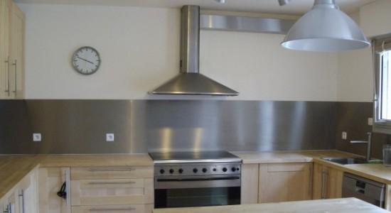 Cuisine moderne d coration cuisine mariage du bois et for Cuisine moderne en bois 2014